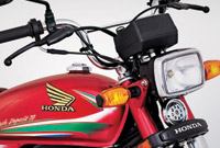 Honda CD70 2016 Headlight View